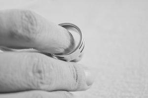 wedding band divorce